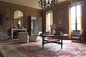 Salon Classique Chic : biblioth que et salon en boiserie c0726 mires paris ~ Dallasstarsshop.com Idées de Décoration