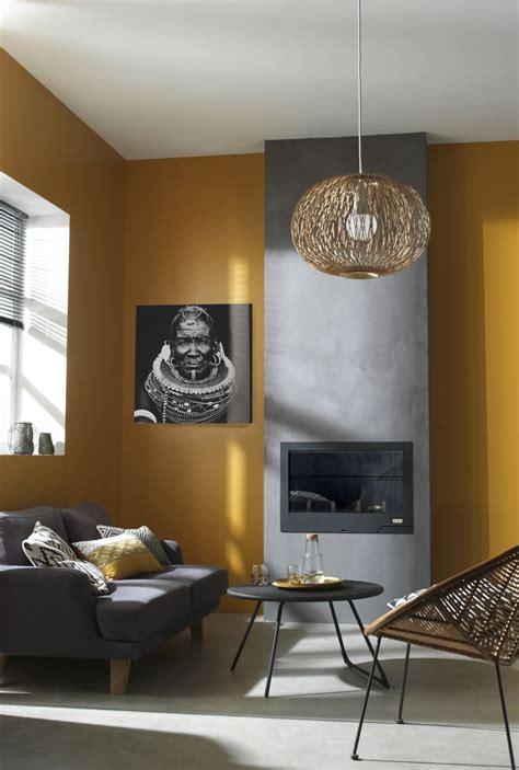 le bureau jaune le jaune moutarde sur les murs de votre salon c 39 est la