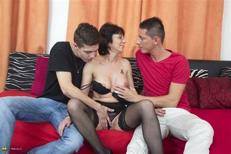 Black Haired Schoolgirl Virgin Bara Spreads Her Legs For A Stud
