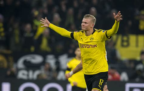 Erling braut haaland (né håland ˈhôːlɑn; Borussia Dortmund teammates rave about free-scoring Erling ...