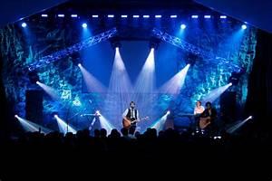Concert Stage Wallpaper - WallpaperSafari