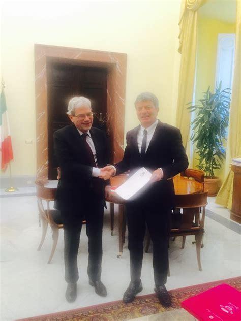 Sottosegretario Alla Presidenza Consiglio Dei Ministri by No Biomassa Voza A Colloquio A Palazzo Chigi Con Claudio