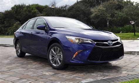 Toyota Camry 2015 Hybrid by 2015 Toyota Camry Se Hybrid Review