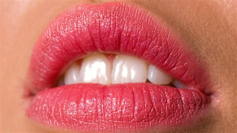 pull   bold lip