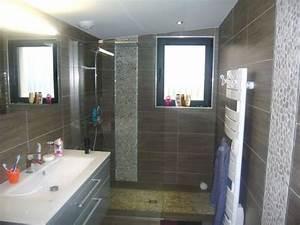 Amenager une salle de bain de 7m2 maison design bahbecom for Amenager une salle de bain de 7m2