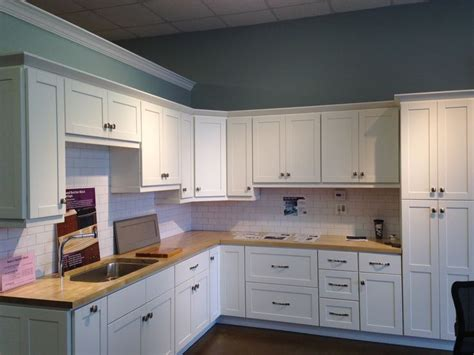 cabinets to go malibu white cabinets to go findley and myers malibu white mf cabinets