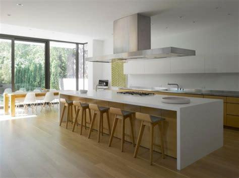 cuisine blanc laqué et bois 99 id 233 es de cuisine moderne o 249 le bois est 224 la mode