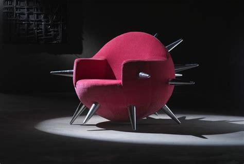 chaise italienne cette chaise en forme de bombe est un design de la