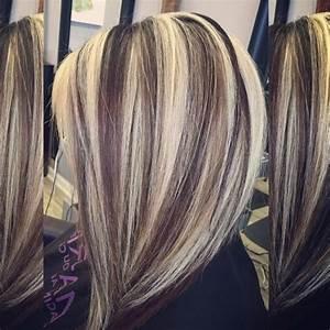 Platinum Blonde With Lowlights - HAIRSTYLE IDEAS MAGAZINE