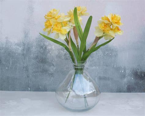 Bowl Vase daffodils in bowl glass vase by abigail bryans designs