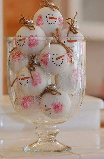 decorating a snowman 37 cutest snowman d 233 cor ideas for this winter digsdigs