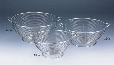 Stainless Steel Wire Mesh Baskets used in kitchen, home