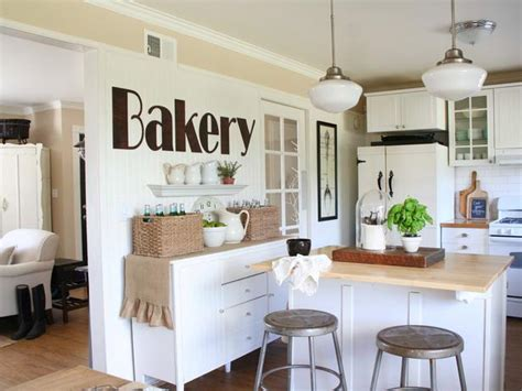shabby chic kitchen wall bandanamom sophisticated shabby and yes it s chic