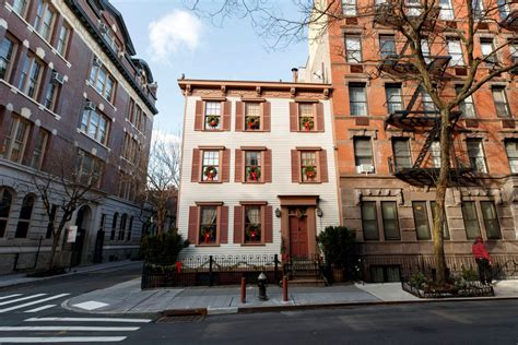 For Sale In Manhattan by 200 Year Wooden Home In Manhattan Is For Sale