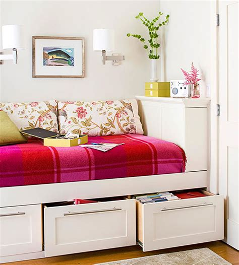 maximize  small space