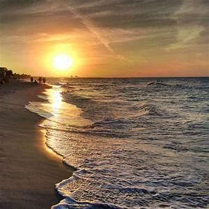 Varadero Beach, Varadero, Cuba - Sunset at Varadero Beach ...