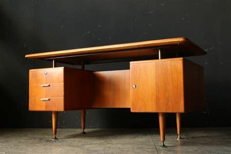 bureau retro a a patijn retro vintage eclectisch bureau jaren 50