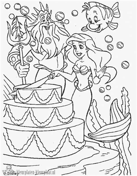 Verjaardagstaart Kleurplaat Printen by Kleurplaten Verjaardagstaart Kleurplaten Kleurplaat Nl