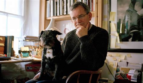photographer martin parr    succeed   young artist