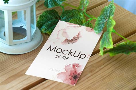 A free layered psd of a greeting card with smart object insertion. Set of Free PSD Wedding Invitation Card Mockup - Designhooks