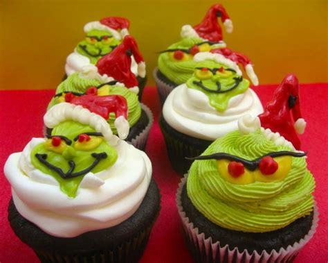 cute  sweet christmas cupcakes style motivation