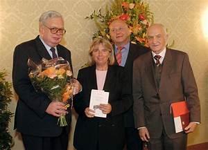 Vizebürgermeisterin Laska überreicht Ehrenzeichen - Presse ...
