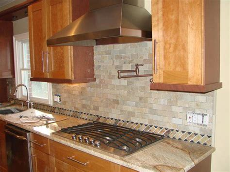 brick backsplash kitchen ideas kitchen back splash in brick pattern 4880