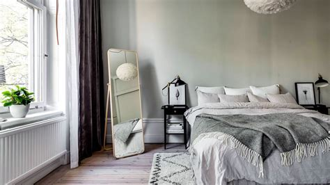 How To Decorate A Bedroom With Green Walls - how to redecorate with green for 2018 stylecaster