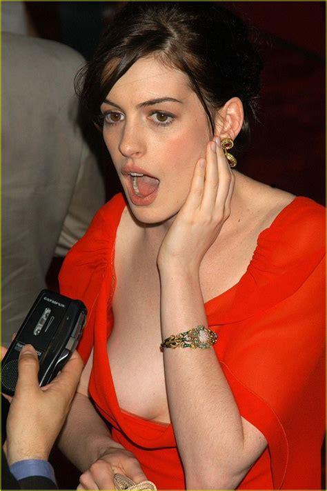 Anne Hathaway Anne Hathaway Photos