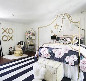 Another emily and merritt for pottery barn teen living for Pottery barn teen bathroom