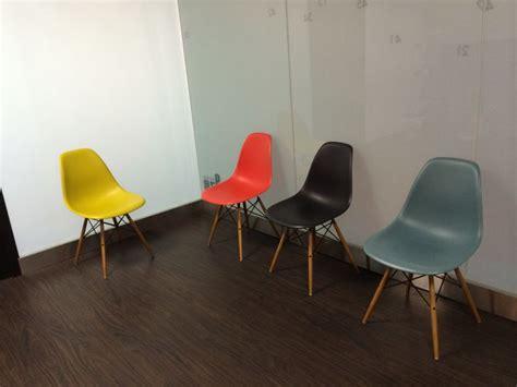 chaise salle d attente 1000 idées à propos de chaise salle d attente sur