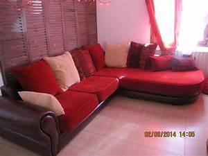 Troc echange canape buffon cuir et tissu avec coussins sur for Tapis de marche avec austin canapé