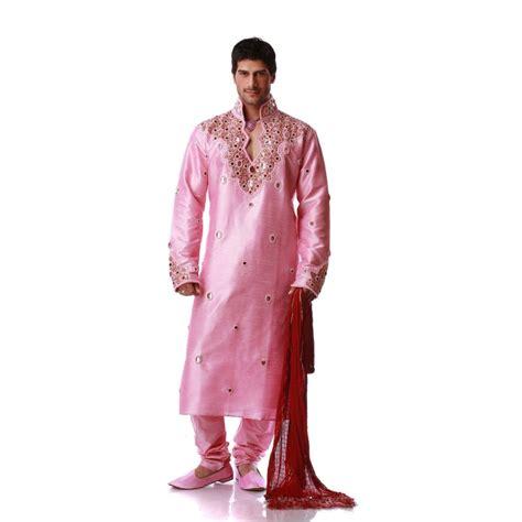 livre de cuisine pour homme tenue indienne orientale