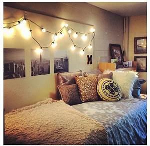 Dorm room ideas | Dorm Decor | Pinterest | Black and white ...