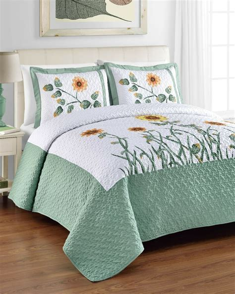 King Size Coverlets And Quilts by King Size 3pc Bedspread Set Sunflower Print Quilted