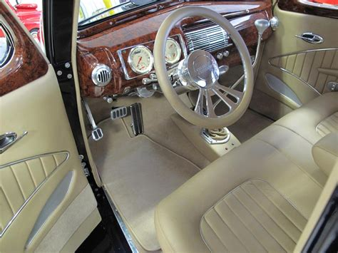 ford deluxe custom  door coupe