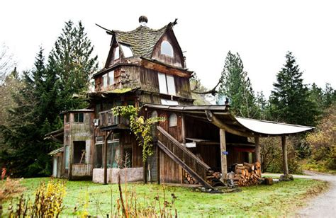 The Far Out Fantasy Homes Of Sun Ray Kelly, Natural Home