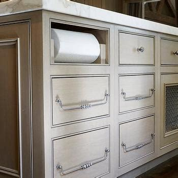 Kitchen Island With Towel Bar Design Ideas