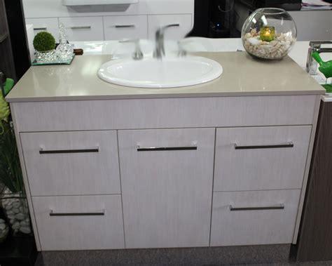 custom vanity mm  caesarstone top laminate