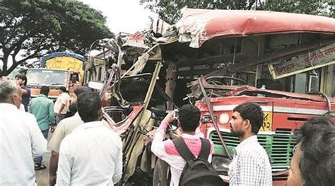 Pune 4 Dead, 33 Injured In State Bustruck Collision On
