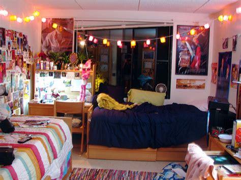 Dorm Room Designs / Design Bookmark #