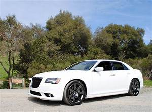 Chrysler 300 Srt8 : chrysler 300 srt8 2013 chrysler 300 srt8 ridelust review crysler 300 srt8 pinterest ~ Medecine-chirurgie-esthetiques.com Avis de Voitures
