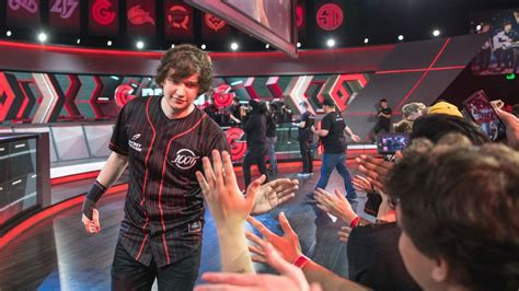 sources thieves trades meteos flyquest
