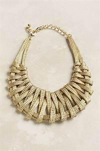 Comment porter avec style le gros collier for Bijoux en gros