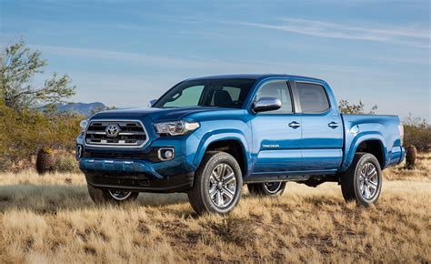 2016 Toyota Tacoma: First Look At Redesigned Mid Size Truck
