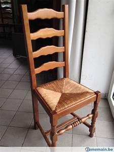 12 chaises de salle a manger avec assise en paille tressee for Meuble salle À manger avec chaise de salle a manger a vendre