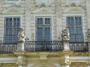 schloss dornava fassade mit balkon picture of schloss With markise balkon mit schloss tapete