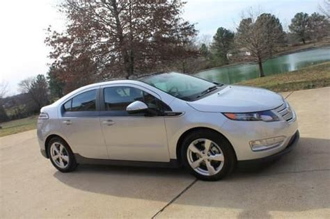 Buy Used 12 Chevy Volt Extended Range Electric Car Like