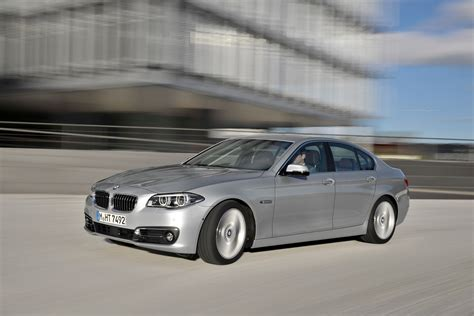 Bmw 5 Series Sedan by Bmw 5 Series Sedan And Gran Turismo Specifications And