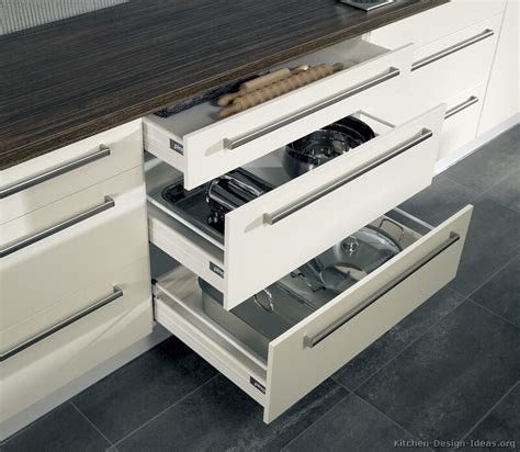 Kitchen Drawers by Pictures Of Kitchens Modern Two Tone Kitchen Cabinets